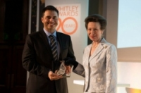 Cagan-Sekercioglu-receving-his-Whitley-Gold-Award-from-HRGH-The-Princess-Royal-e1367574989257